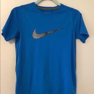 Nike Tops - 💙 Nike Dri Fit Running Tee